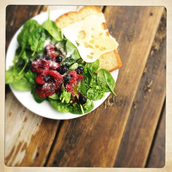 Market Morning Salad with Berries